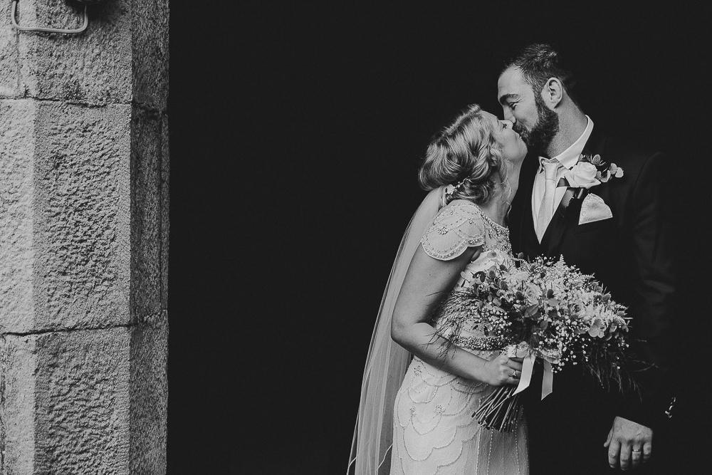 BEST-WEDDING-PHOTOGRAPHER-CORNWALL-203.jpg