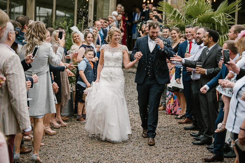 BEST-WEDDING-PHOTOGRAPHER-CORNWALL-208.jpg