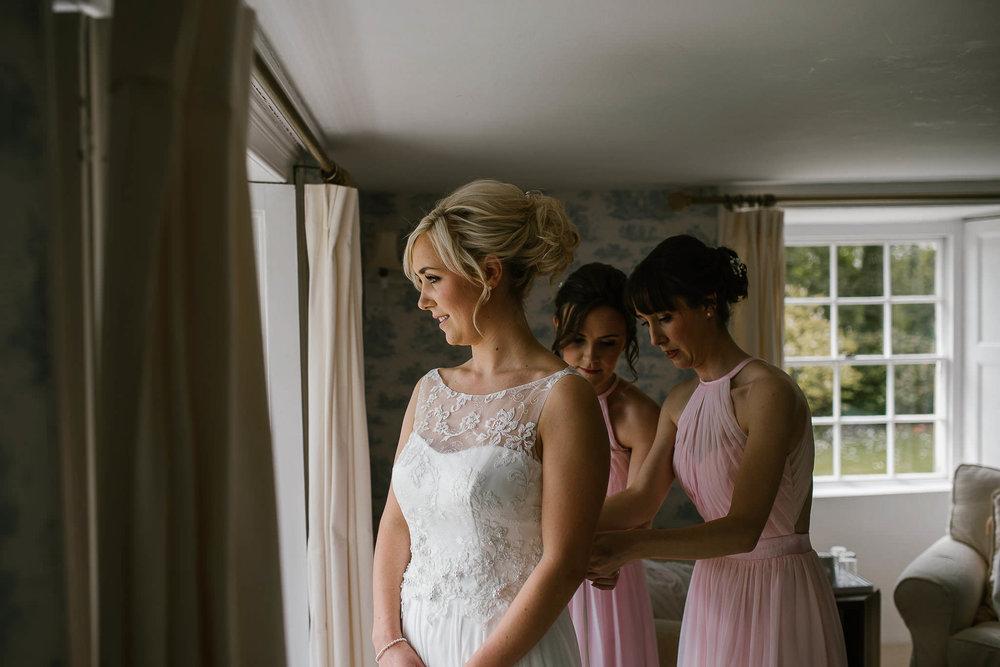 TREDUDWELL-MANOR-WEDDING-PHOTOGRAPHER-45.jpg