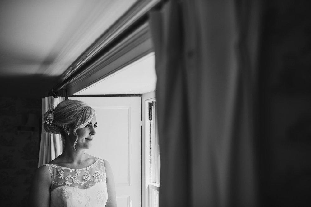 TREDUDWELL-MANOR-WEDDING-PHOTOGRAPHER-56.jpg