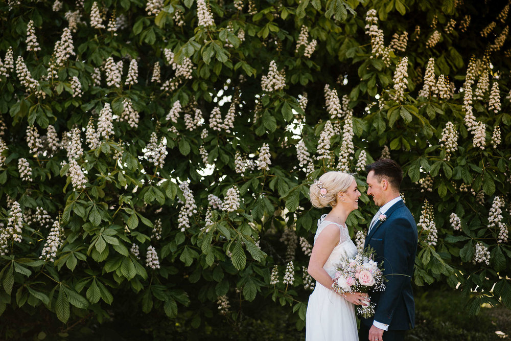TREDUDWELL-MANOR-WEDDING-PHOTOGRAPHER-100.jpg
