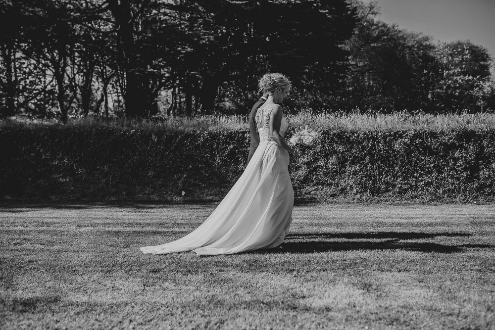 TREDUDWELL-MANOR-WEDDING-PHOTOGRAPHER-107.jpg