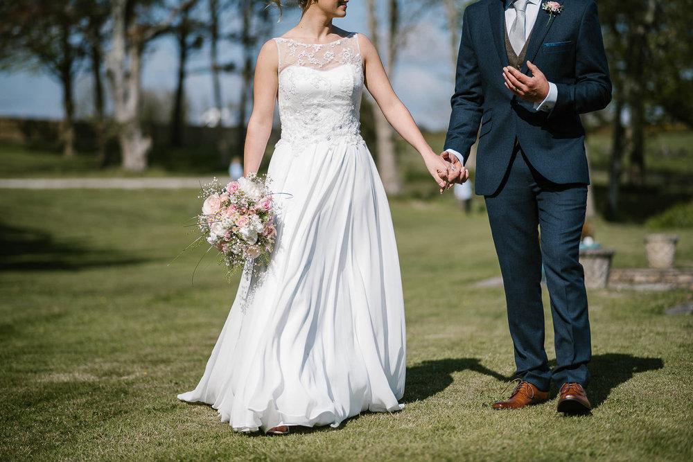 TREDUDWELL-MANOR-WEDDING-PHOTOGRAPHER-109.jpg