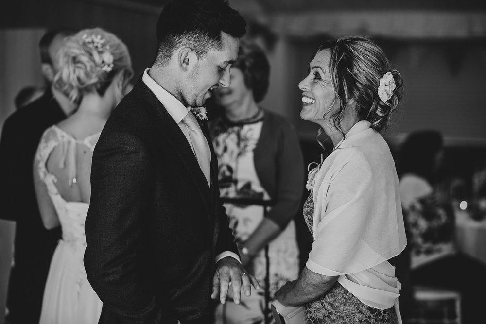 TREDUDWELL-MANOR-WEDDING-PHOTOGRAPHER-119.jpg