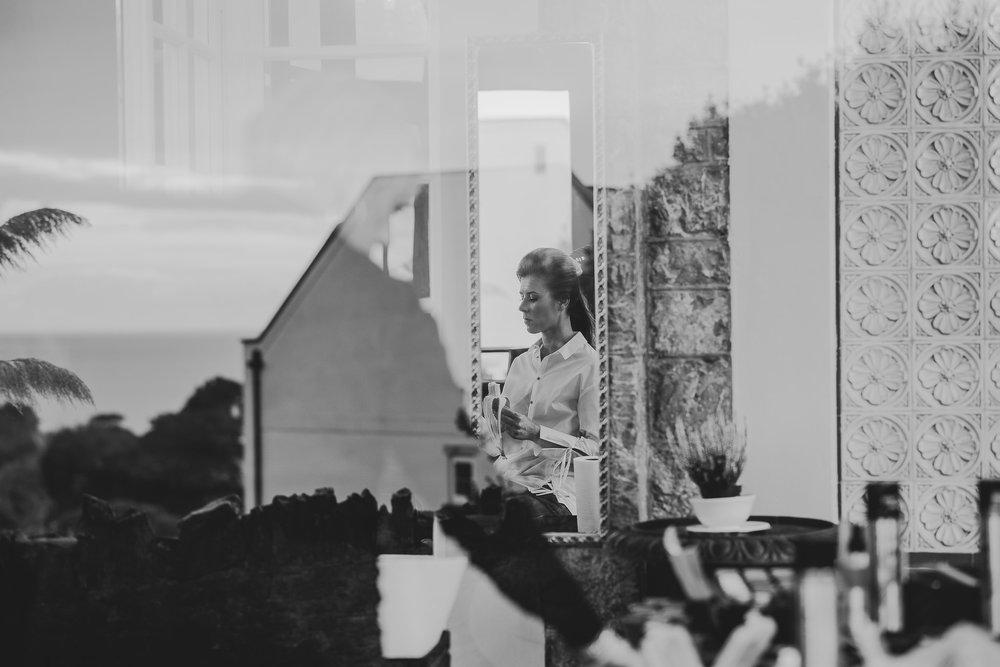 POWDERHAM-CASTLE-WEDDING-PHOTOGRAPHER-29.jpg