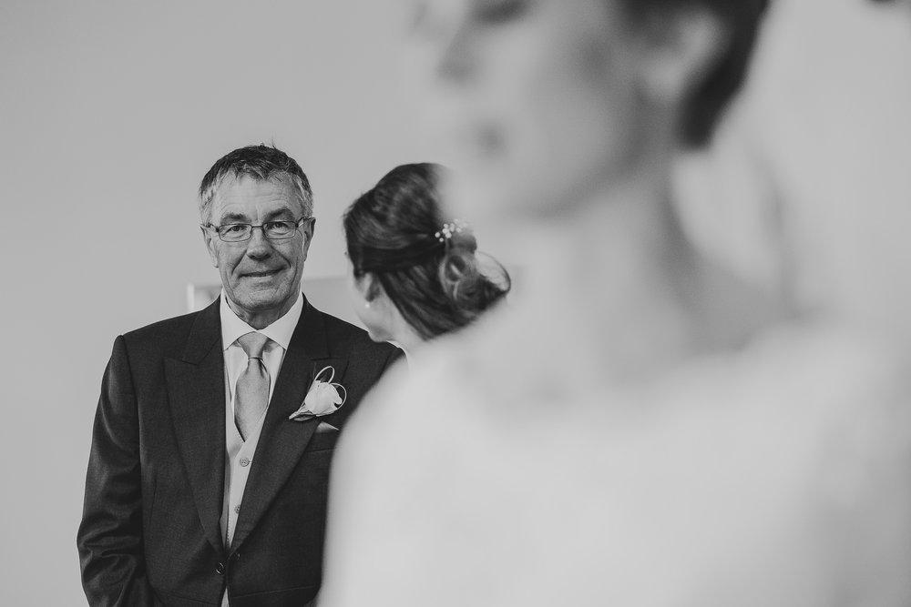 POWDERHAM-CASTLE-WEDDING-PHOTOGRAPHER-47.jpg