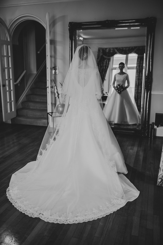 POWDERHAM-CASTLE-WEDDING-PHOTOGRAPHER-52.jpg