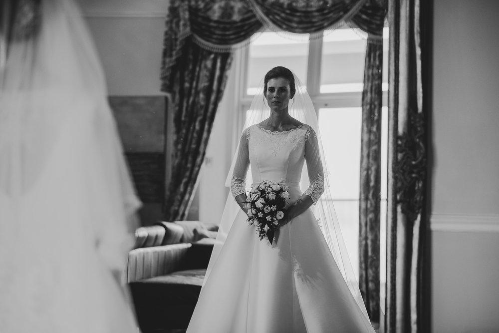 POWDERHAM-CASTLE-WEDDING-PHOTOGRAPHER-53.jpg