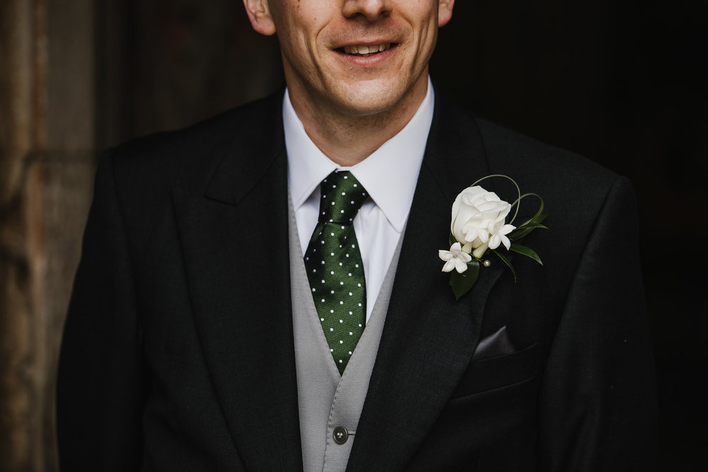 POWDERHAM-CASTLE-WEDDING-PHOTOGRAPHER-70.jpg