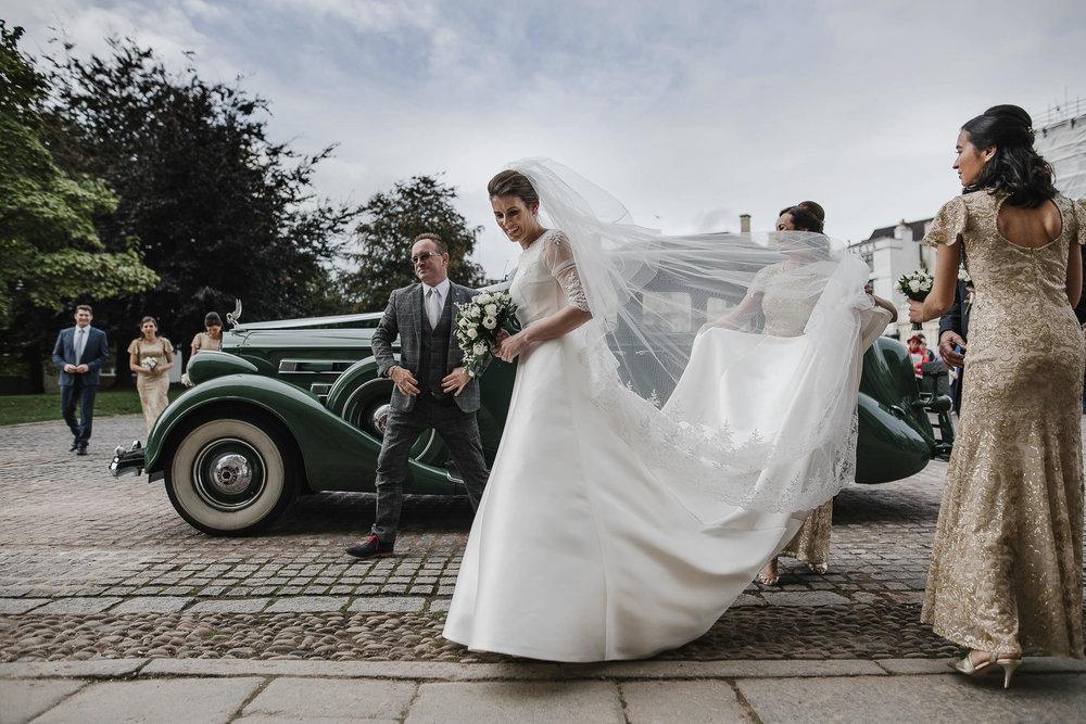POWDERHAM-CASTLE-WEDDING-PHOTOGRAPHER-76.jpg