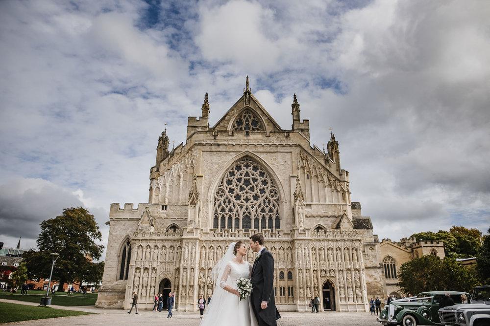 POWDERHAM-CASTLE-WEDDING-PHOTOGRAPHER-101.jpg