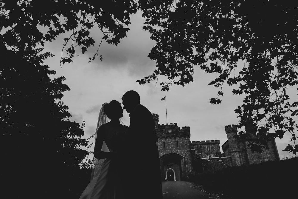 POWDERHAM-CASTLE-WEDDING-PHOTOGRAPHER-132.jpg