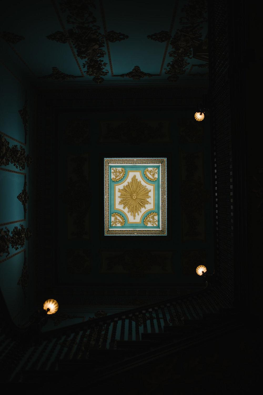 POWDERHAM-CASTLE-WEDDING-PHOTOGRAPHER-147.jpg