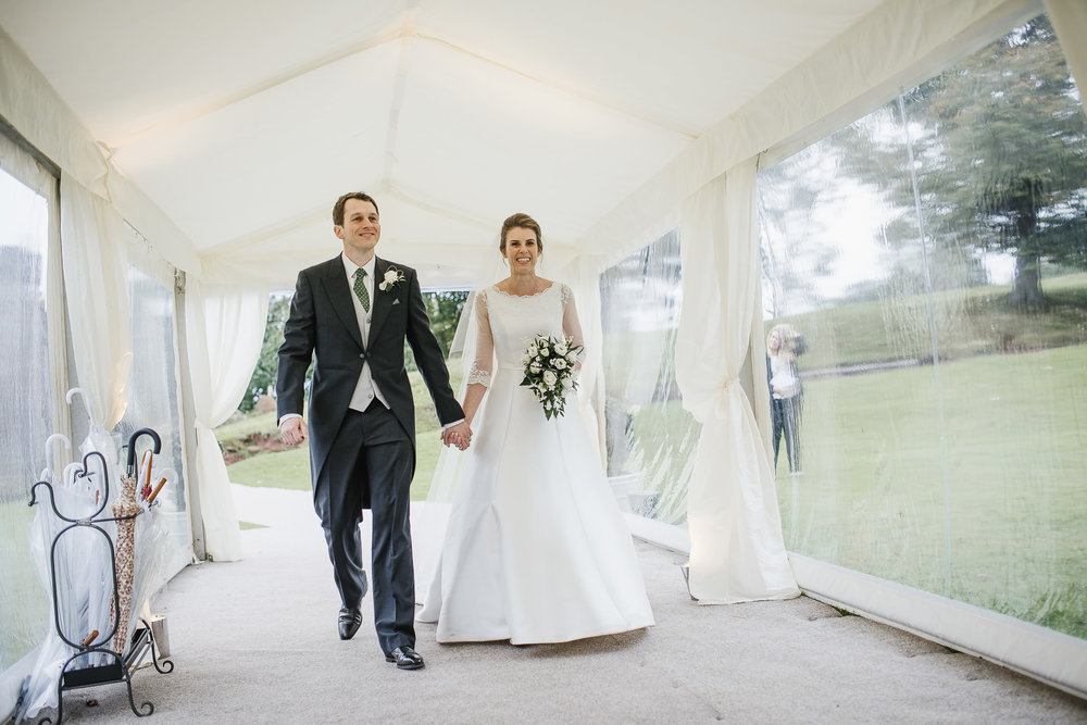 POWDERHAM-CASTLE-WEDDING-PHOTOGRAPHER-167.jpg