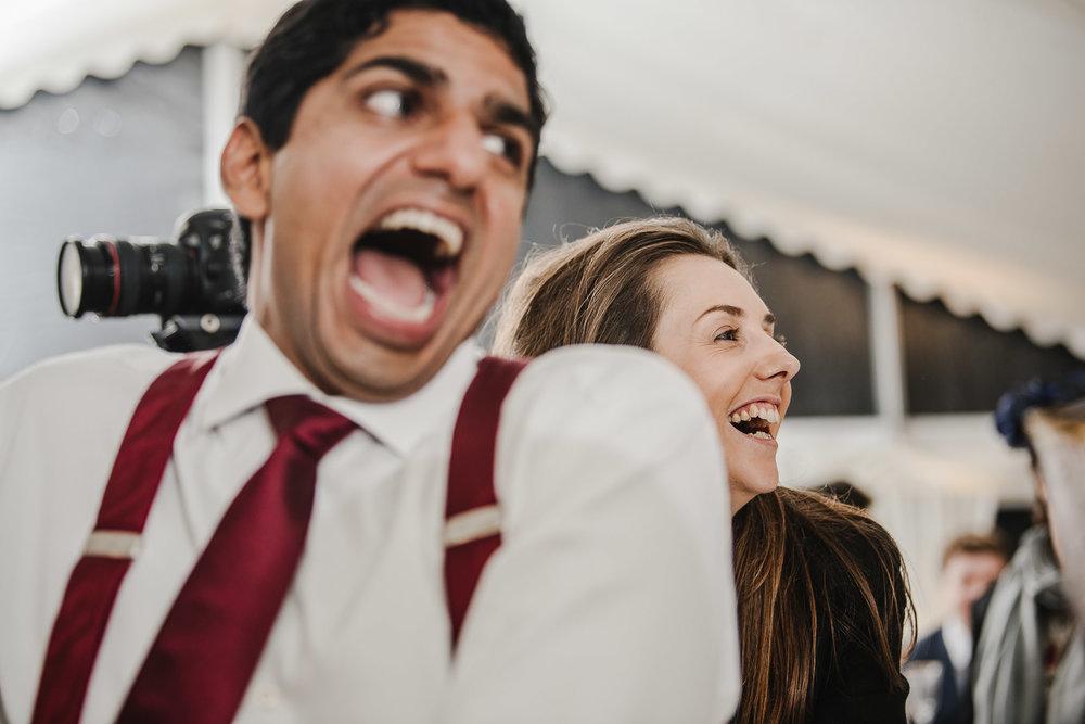 POWDERHAM-CASTLE-WEDDING-PHOTOGRAPHER-187.jpg