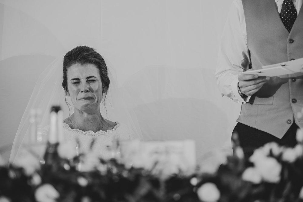 POWDERHAM-CASTLE-WEDDING-PHOTOGRAPHER-194.jpg