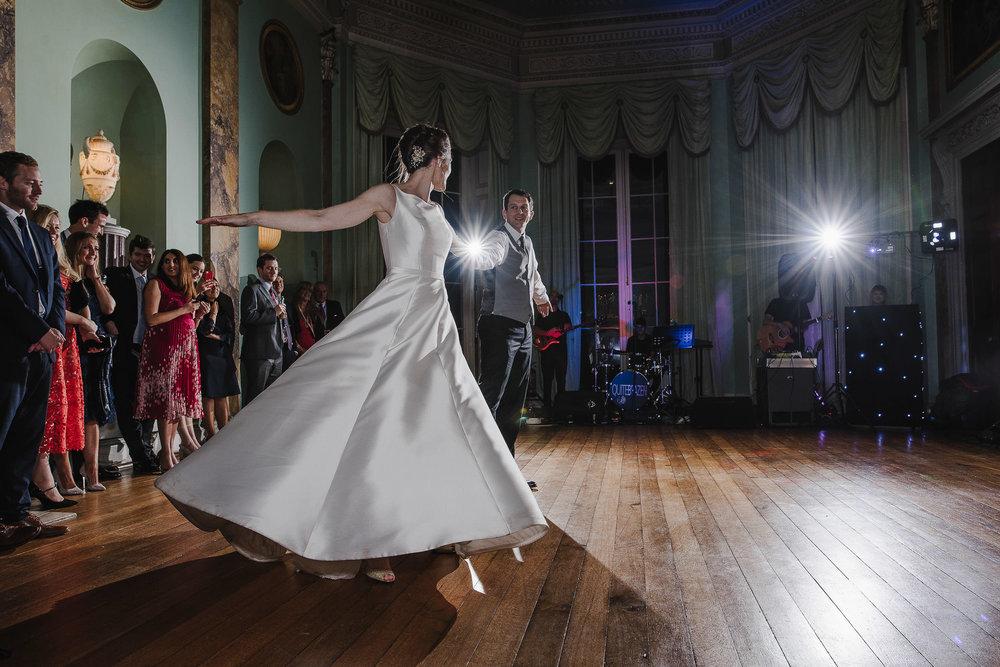 POWDERHAM-CASTLE-WEDDING-PHOTOGRAPHER-203.jpg