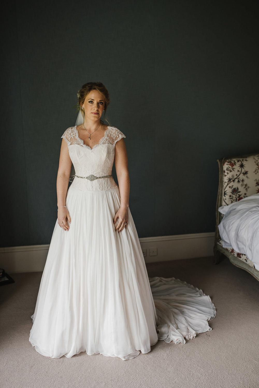 CORNWALL-WEDDING-PHOTOGRAPHER-255.jpg