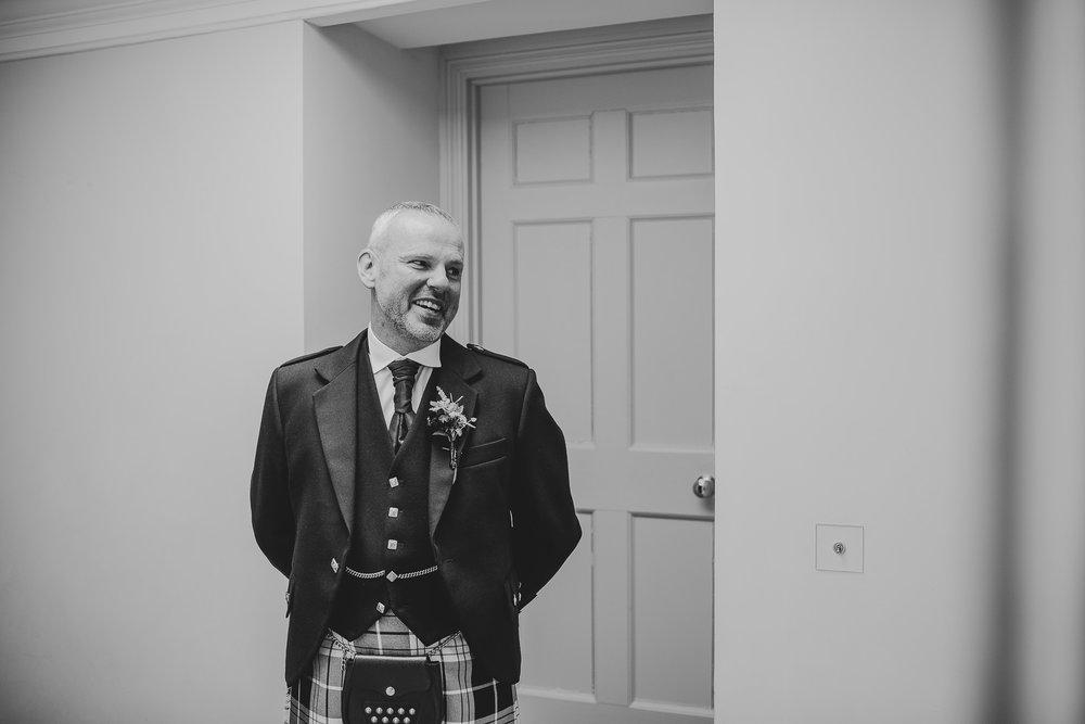 CORNWALL-WEDDING-PHOTOGRAPHER-265.jpg