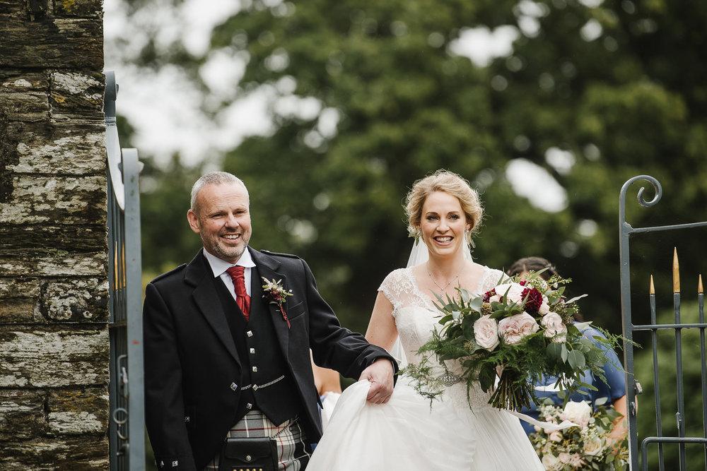 CORNWALL-WEDDING-PHOTOGRAPHER-274.jpg