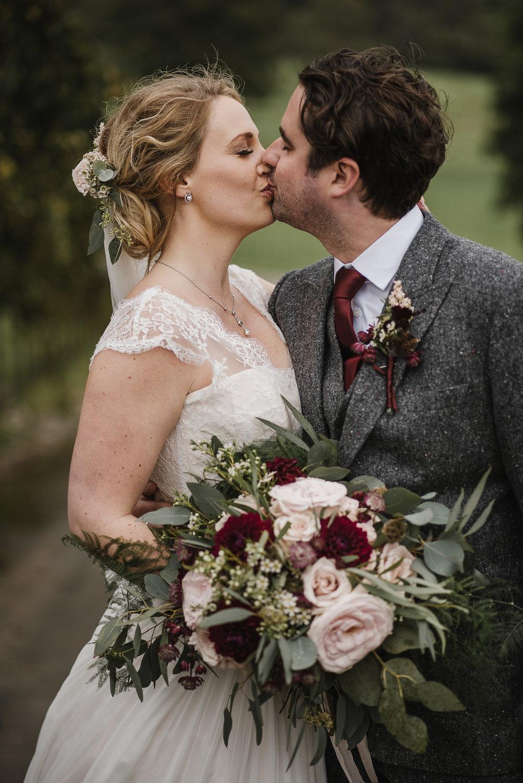 CORNWALL-WEDDING-PHOTOGRAPHER-326.jpg
