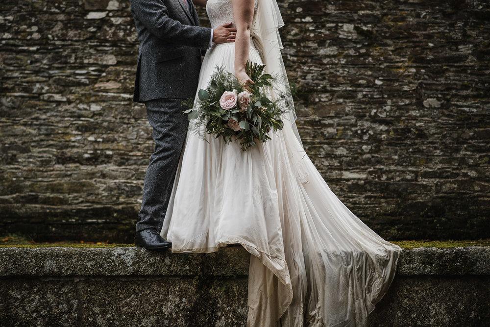 CORNWALL-WEDDING-PHOTOGRAPHER-350.jpg