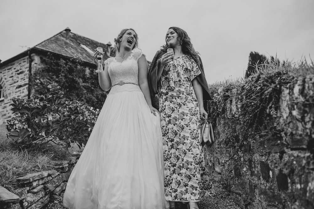 CORNWALL-WEDDING-PHOTOGRAPHER-355.jpg