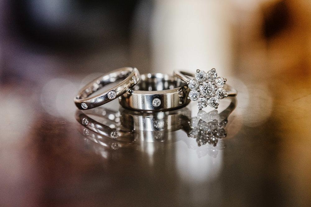 CORNWALL-WEDDING-PHOTOGRAPHER-365.jpg