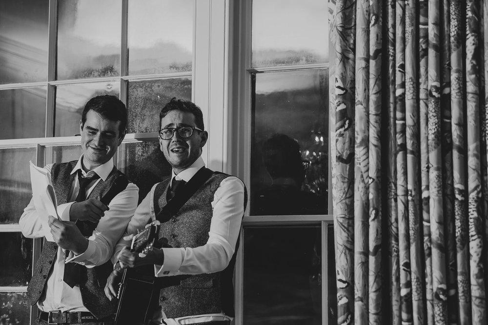 CORNWALL-WEDDING-PHOTOGRAPHER-391.jpg