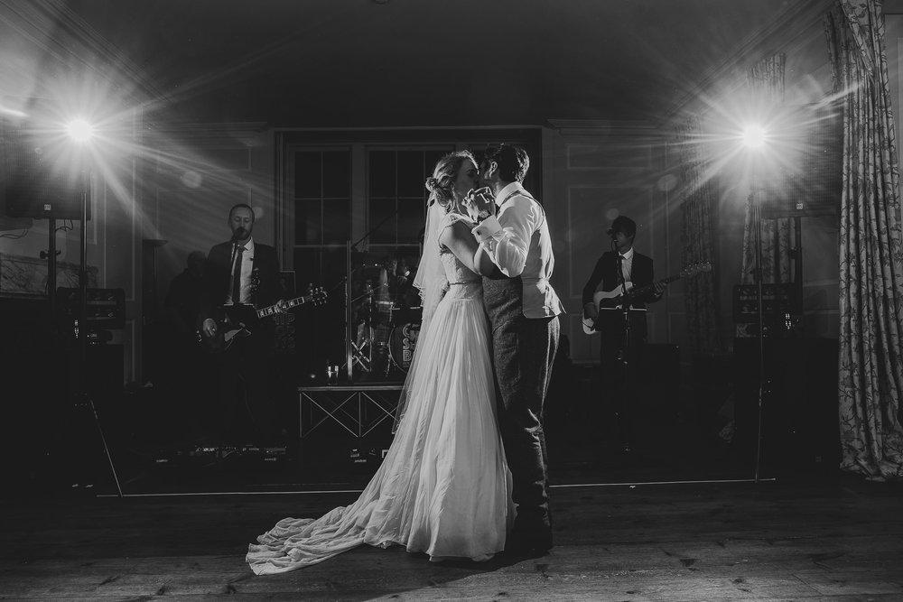 CORNWALL-WEDDING-PHOTOGRAPHER-402.jpg