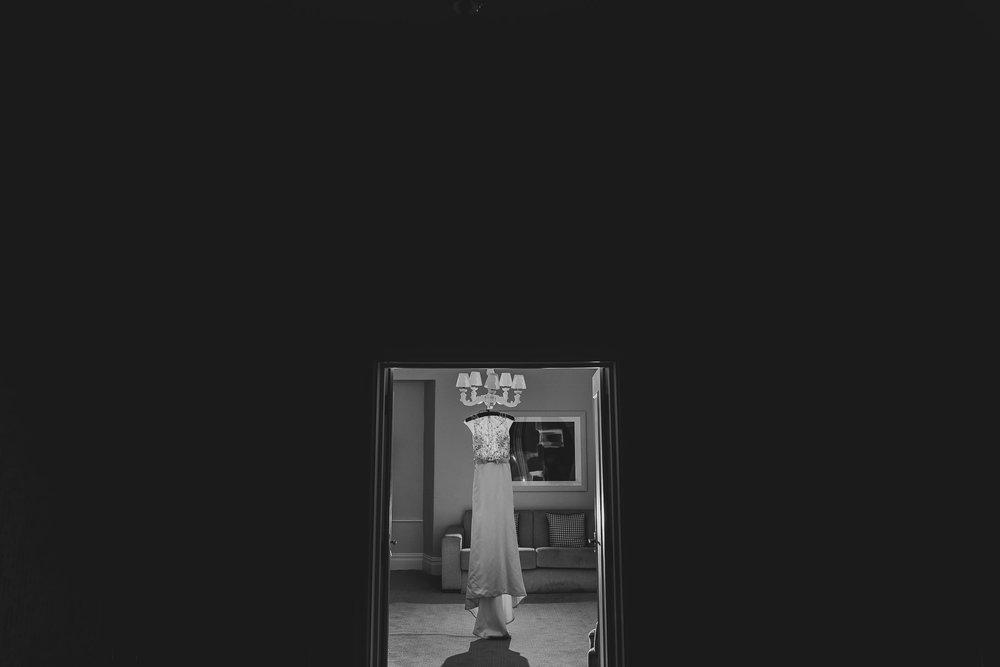 CORNWALL-WEDDING-PHOTOGRAPHER-3056.jpg