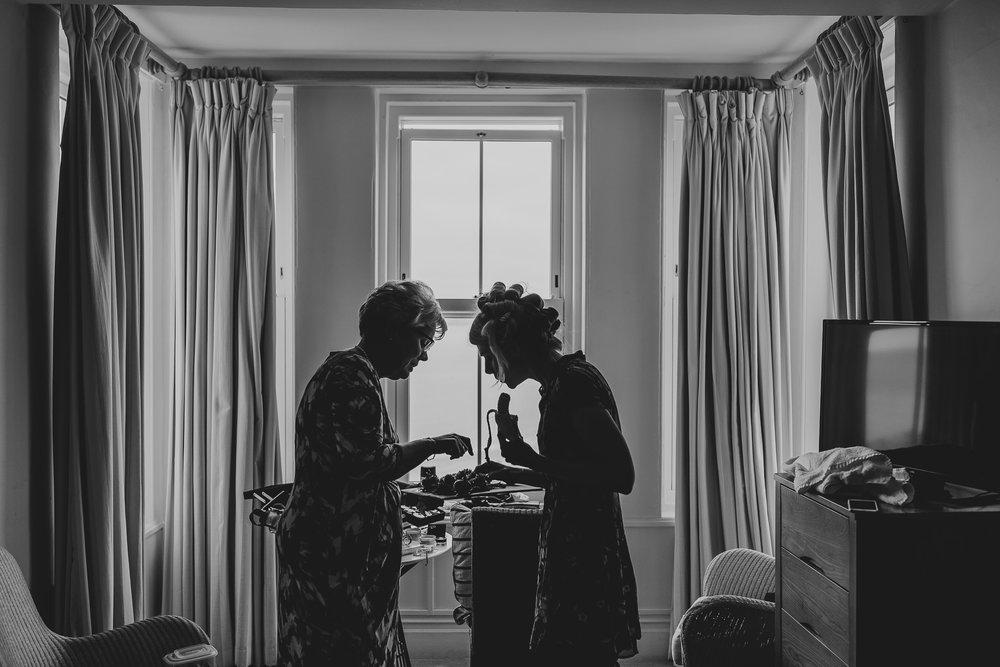 CORNWALL-WEDDING-PHOTOGRAPHER-3085.jpg