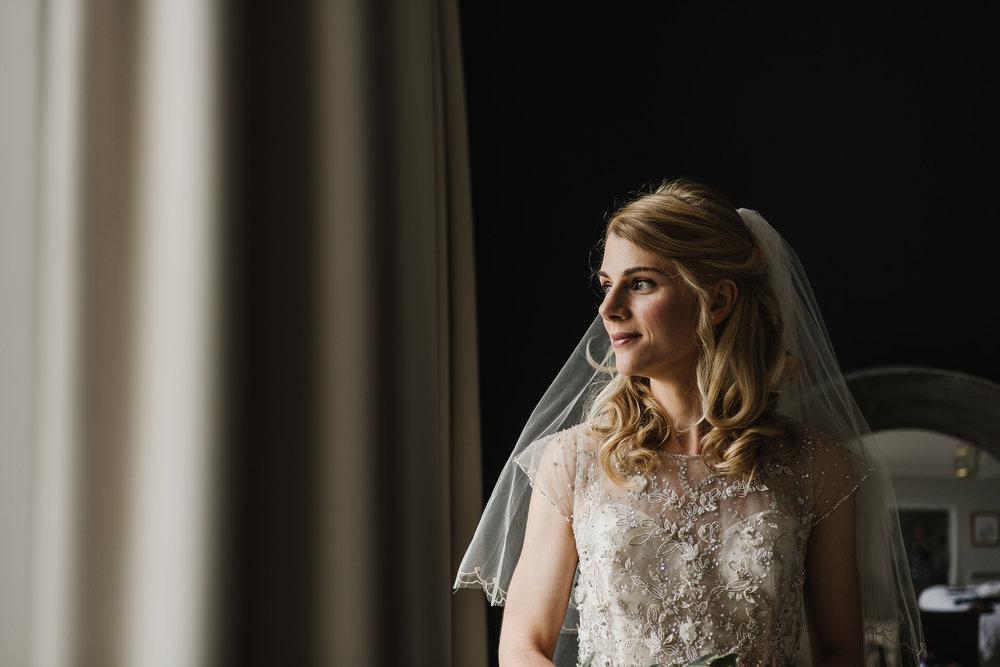 CORNWALL-WEDDING-PHOTOGRAPHER-3104.jpg