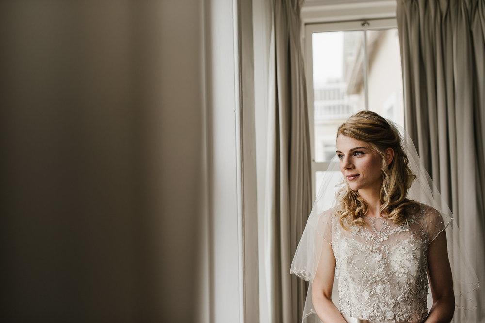 CORNWALL-WEDDING-PHOTOGRAPHER-3110.jpg