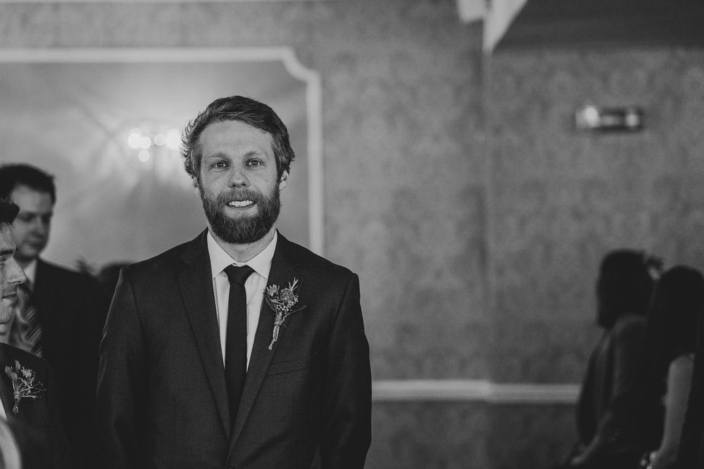 CORNWALL-WEDDING-PHOTOGRAPHER-3118.jpg
