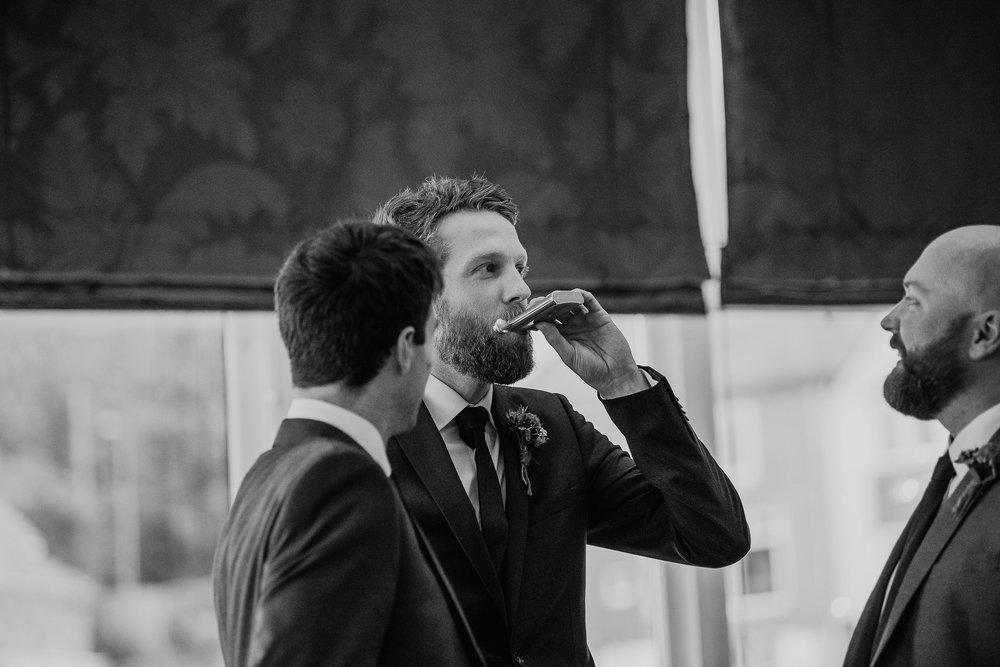 CORNWALL-WEDDING-PHOTOGRAPHER-3117.jpg