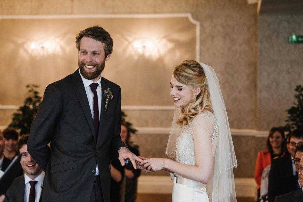 CORNWALL-WEDDING-PHOTOGRAPHER-3128.jpg