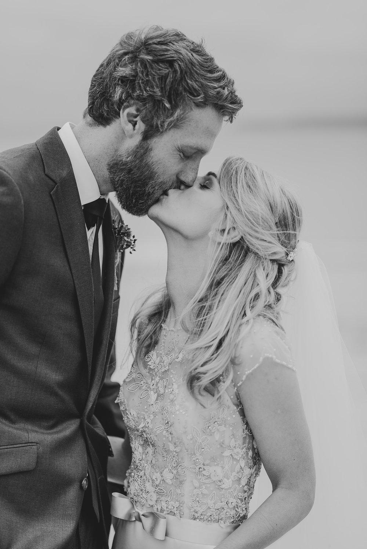 CORNWALL-WEDDING-PHOTOGRAPHER-3152.jpg