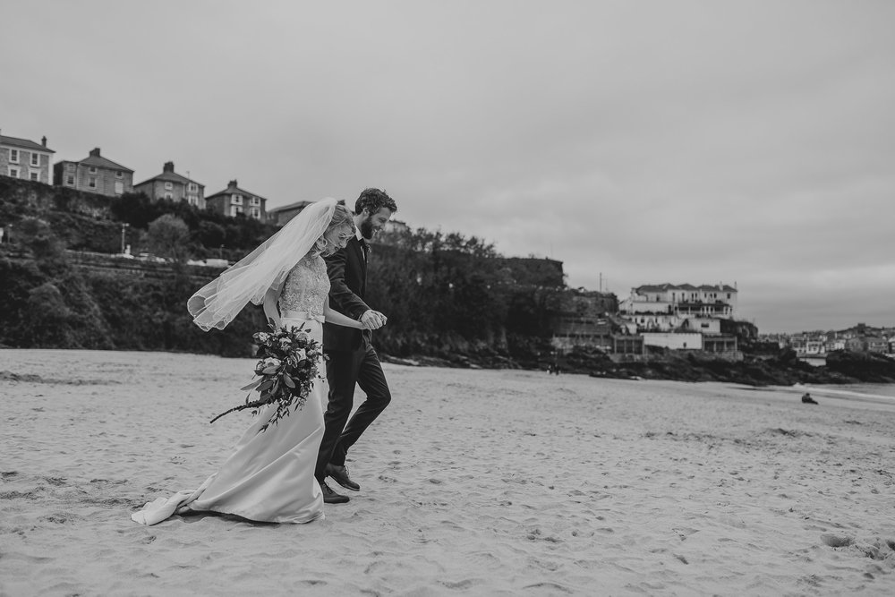 CORNWALL-WEDDING-PHOTOGRAPHER-3162.jpg