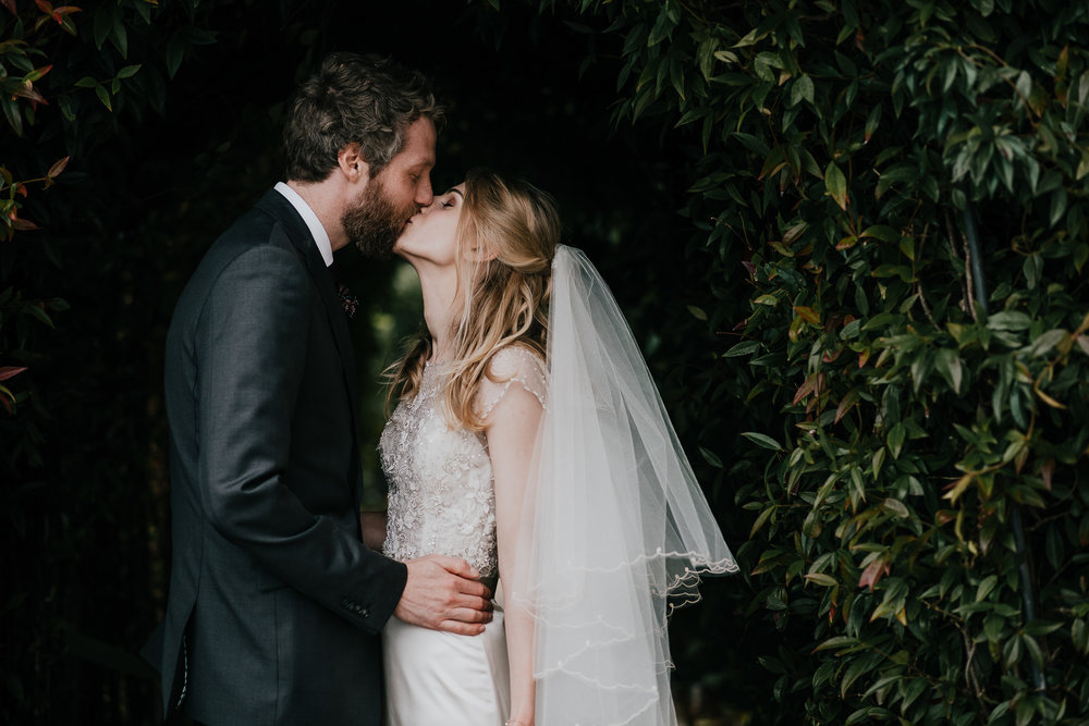 CORNWALL-WEDDING-PHOTOGRAPHER-3182.jpg