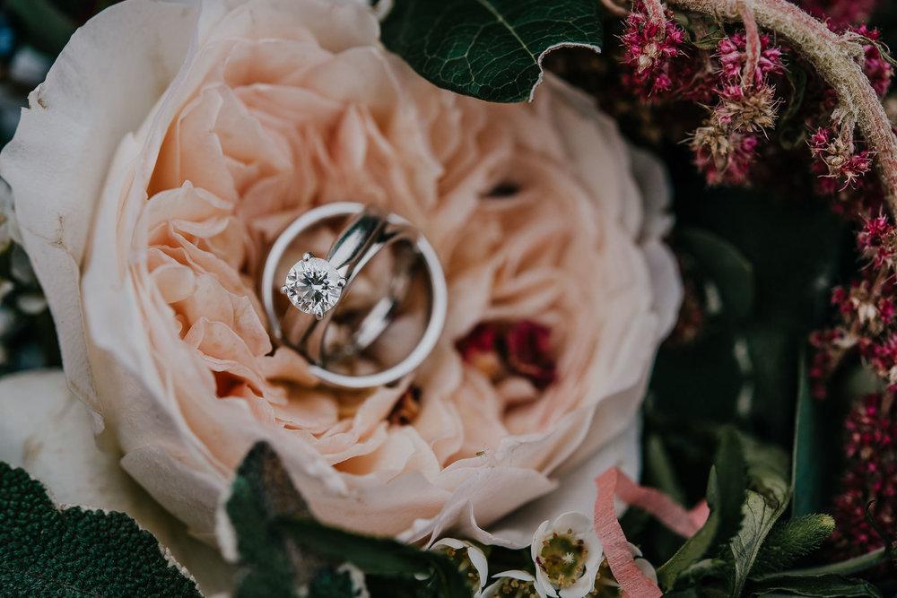 CORNWALL-WEDDING-PHOTOGRAPHER-3190.jpg
