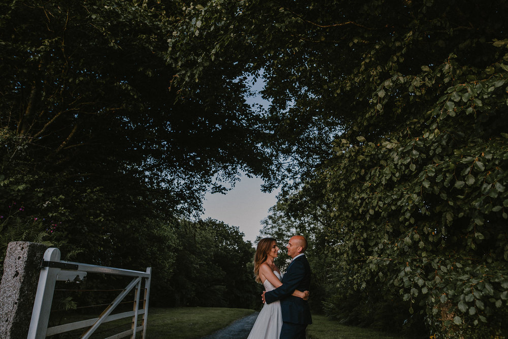 CORNWALL-WEDDING-PHOTOGRAPHER-719.jpg