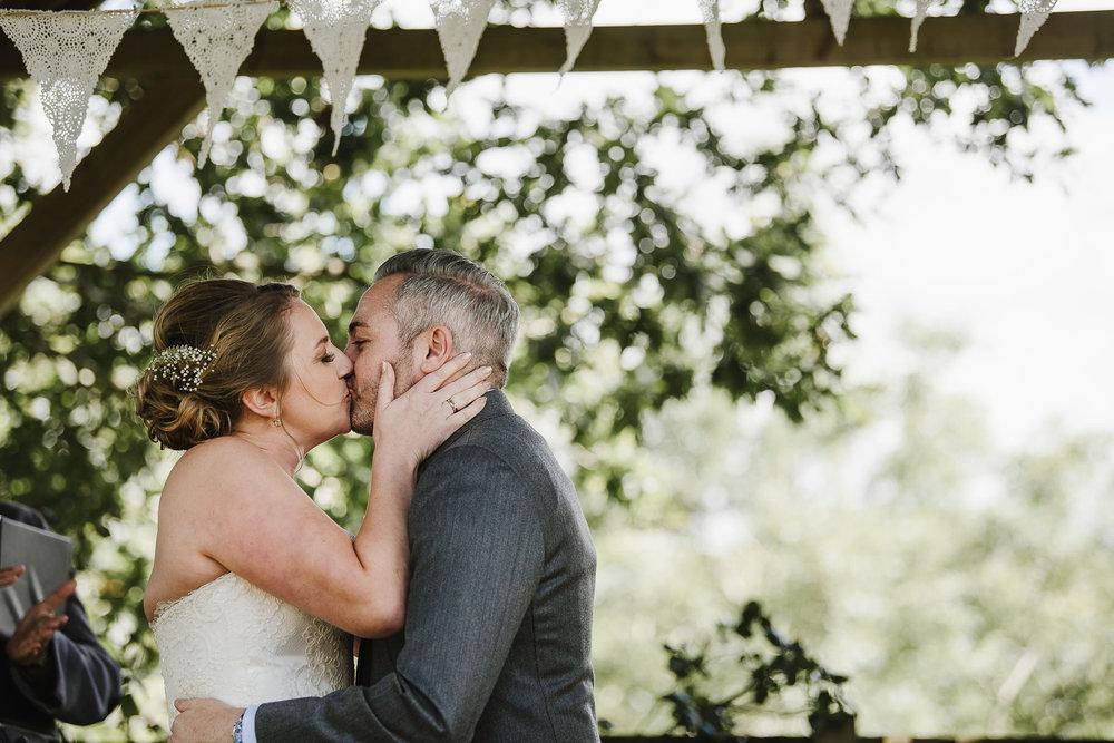 CORNWALL-WEDDING-PHOTOGRAPHER-1941.jpg