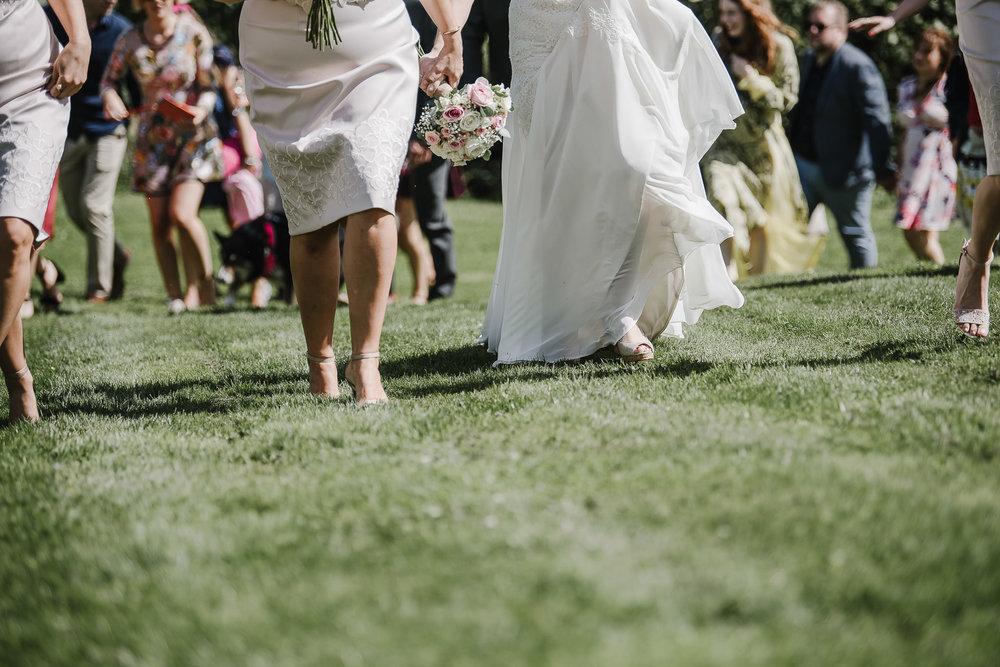 CORNWALL-WEDDING-PHOTOGRAPHER-1945.jpg