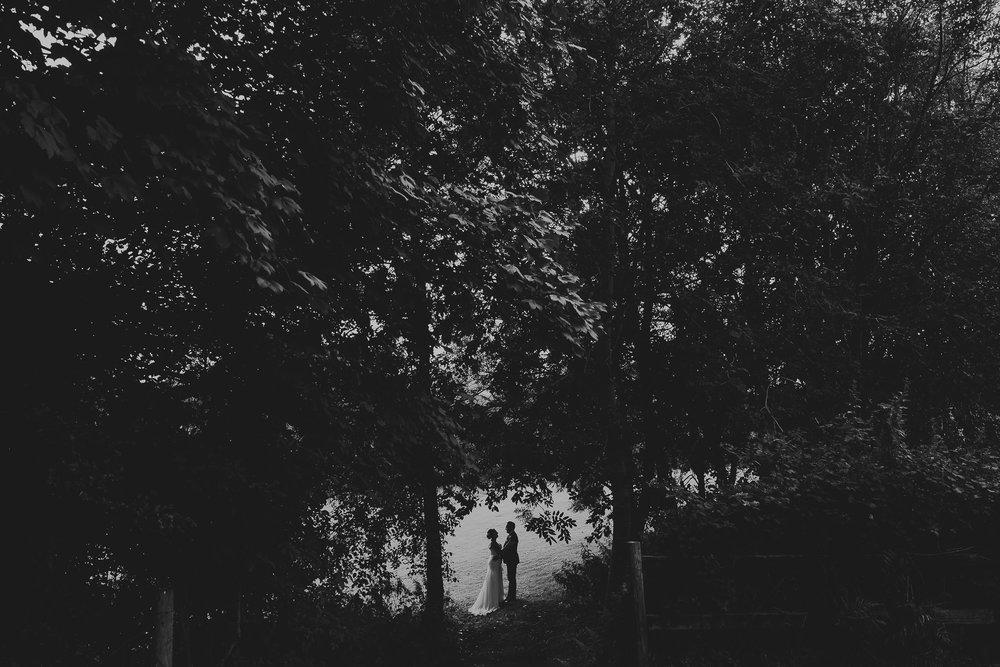 CORNWALL-WEDDING-PHOTOGRAPHER-1974.jpg