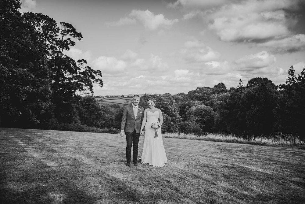 CORNWALL-WEDDING-PHOTOGRAPHER-1981.jpg