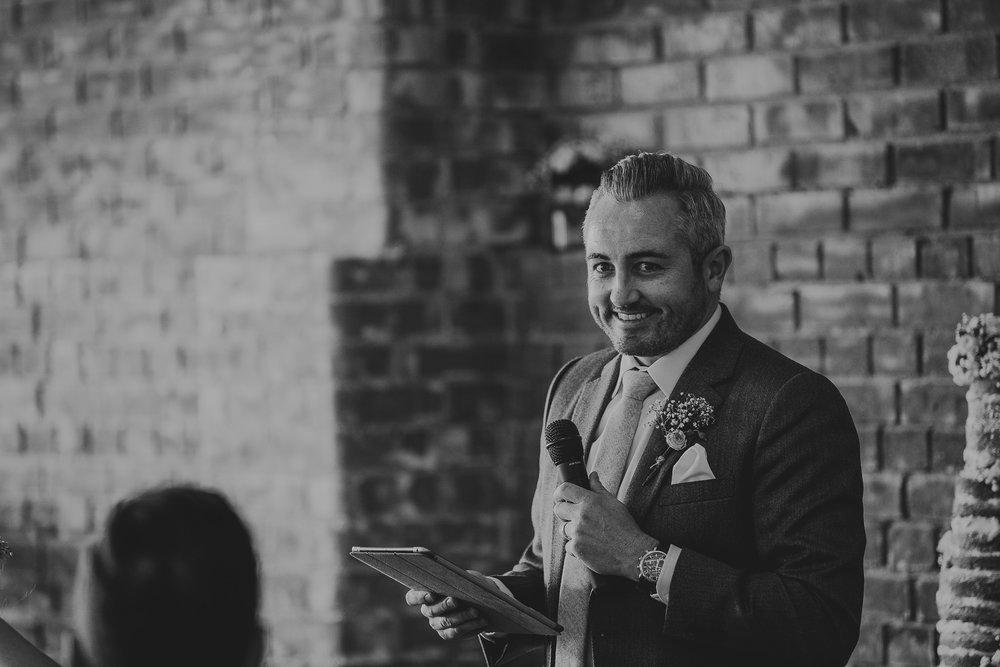 CORNWALL-WEDDING-PHOTOGRAPHER-2011.jpg