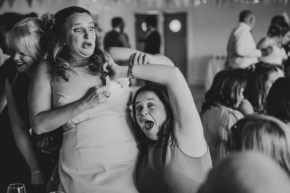 CORNWALL-WEDDING-PHOTOGRAPHER-2020.jpg