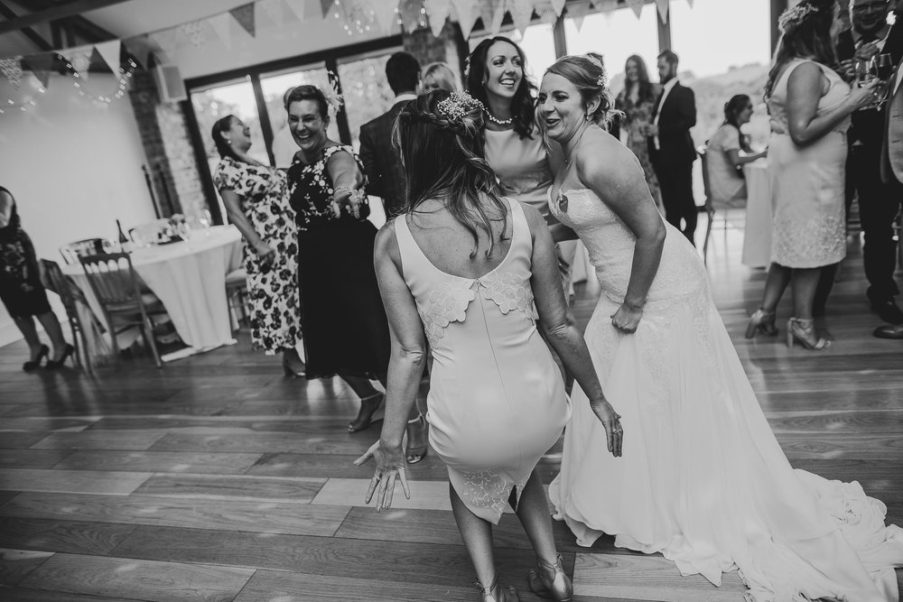 CORNWALL-WEDDING-PHOTOGRAPHER-2059.jpg