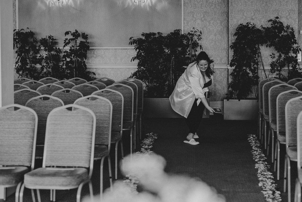 CORNWALL-WEDDING-PHOTOGRAPHER-101.jpg